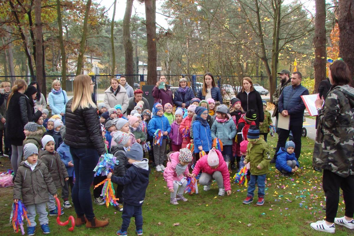 Otwarcie placu zabaw w Szkole Podstawowej nr 2 w Otwocku